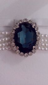 Crowns & Regalia Princess Diana choker & brooch set