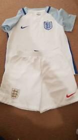 England home strip age 5-6