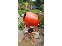 Concrete mixer. 240v. Stand included.