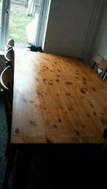 REDUCED Table and 6 chairs