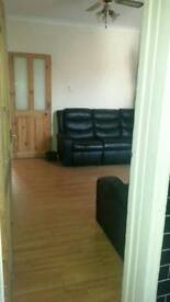 XLARGE ROOM FOR RENT IN POPULAR AREA LU1 CLOSE TOWN CENTRE UNIVERSITY TRAIN STATION