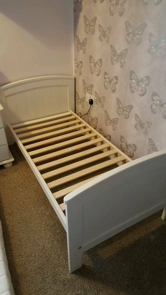 Mamas and Papas Toddler Bed