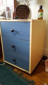 Lovely bedside table with newly replaced handles