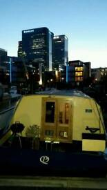 Houseboat with residential mooring - Canary Wharf