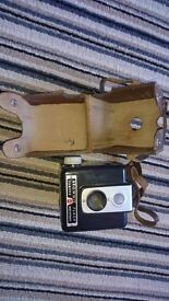 A SELECTION OF OLD CAMERAS AND LENSES ETC