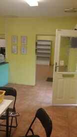 Shop *TO LET* - Low rent - Ideal for cafe/ Corner Shop