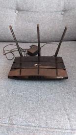 TP-Link VR400 Router