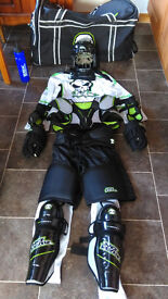 FULL KIDS ICE HOCKEY KIT ONLY £100 Large Boys (For 9-10 year old / 140cm)