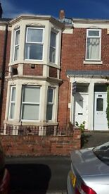 3 bed upper flat -TO LET IN GATESHEAD - JUST BY THE PARK - WESTBOURNE AVENUE