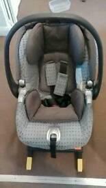 Primo viaggio car seat