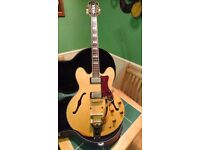 Epiphone Sheraton Natural with Bigbsy Vibrato including hard case