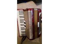 Hohner 120 bass Carena III M accordion*****good play***** 200 ponds only today;;;;;;