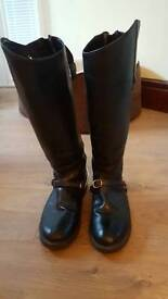Ladies leather show boots