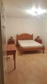 one bedroom ground floor maisonette to let in four marks Alton