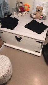 Solid wood chest storage box