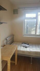 Single Room in Acton