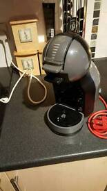 Krups dolce gusto coffee maker and pod stand