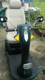 MOBILITY SCOOTER EXCELLENT CONDITION !