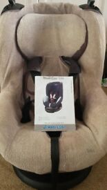 Maxi Cosi 'Toby' car seat - excellent condition, with cover, RECLINES