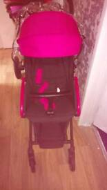 Light weight stroller new ideal for holidays