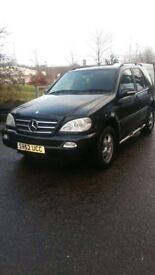 FULLY SERVICED 7 seater Mercedes ML270