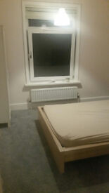 DOUBLE ROOM IN SPACIOUS ROOM IN WELL LOCATED HOUSE IN PORTSWOOD