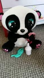 Yoyo interactive panda
