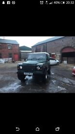 Landrover defender 90 with ifor williams canopy.