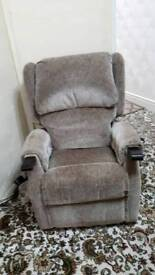 recliners chair multi - position with remote aid mobility photos don't do it justice £250 ono