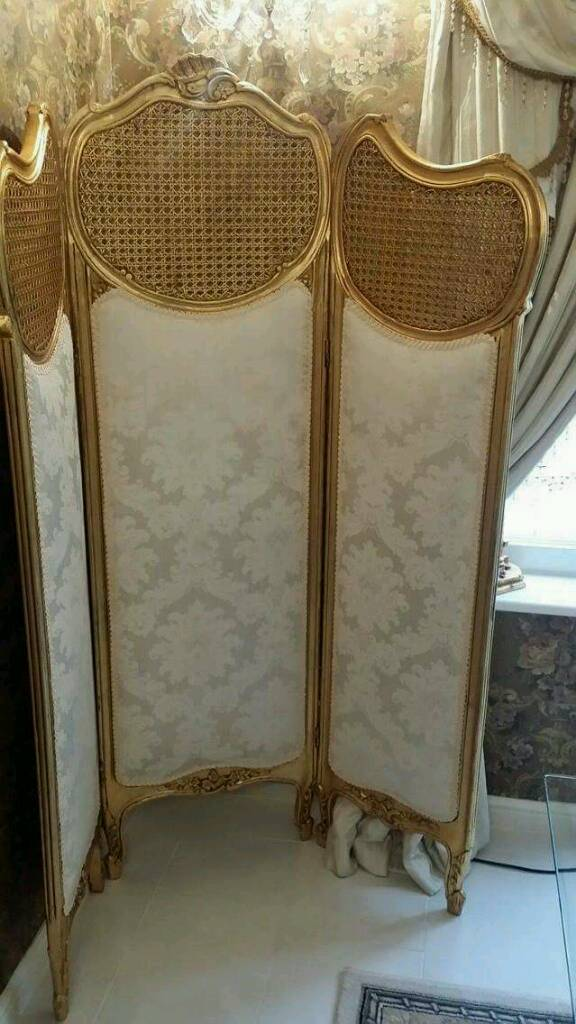 Room screenin Whitley Bay, Tyne and WearGumtree - Room screen cream and gold immacukate no offers