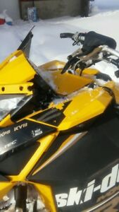 Parting out skidoo 2012 mxz xrs with 800 etec