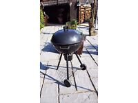 large charcoal kettle bbq with lid and accessories 56CM wide