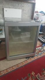 Small Fridge - used but working absolutely fine - £25 - Greeford