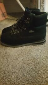 New mens lacoste navy boots size 6
