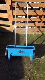 Grass seed and Fertilizer Spreader