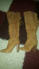 knee high boots like new