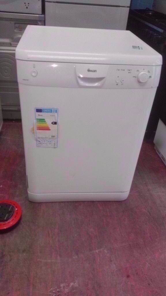 Swan A+Class white Dishwasher in good condition £65 (POSSIBLE delivery)
