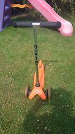 Mini micro orange, great scooter