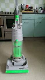 Dyson dc 04 upright vacuum