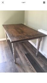 Great quality wood Farmhouse dinning table, perfect diy job. Offers welcome