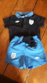 Full England football kit 12 to 18 months
