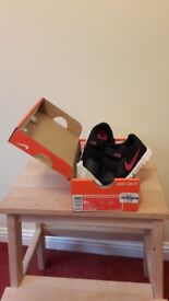 BNIB girls Nike trainers size 5.5
