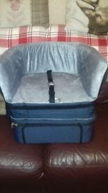 Dogs travel booster seat and case