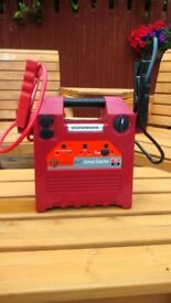 Car 4in1 Jump Starter. LED work lamp,2xpower sockets.USB power supply. Petrol or diesel up to 2000cc