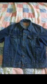 Men's Levi's denim jacket