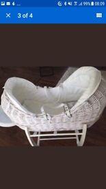 Moses basket mamas and papas