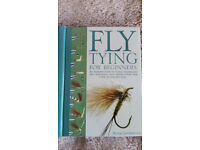 Fly tying for beginners - book