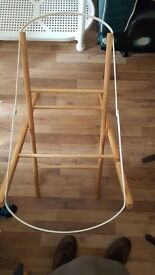 Moses basket stand £4.00 only