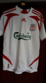 OFFICIAL TEENAGERS L.F.C. SHIRT - SIZE 32/34 - No. 8 GERRARD