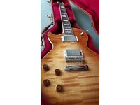 Left Handed...Gibson Les Paul Standard T (2017) in Honey Burst...As new mint condition .